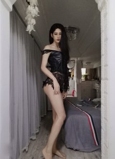 Lily - Transsexual escort in Shanghai Photo 13 of 14