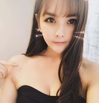 Lily - escort in Macao