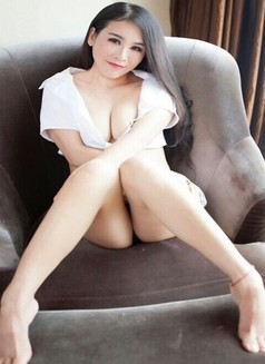 Linda New in Hong Kong - escort in Hong Kong Photo 5 of 6