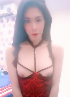 Linda Shemale Hot - Transsexual escort in Jakarta Photo 6 of 6