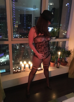 Busty British Milf Lindsey - escort in Dubai Photo 3 of 22