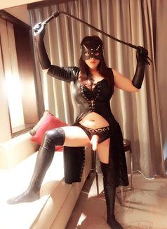 Mistress Linna Domination - escort in Dubai Photo 6 of 10