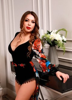 Lisa shemale - Transsexual escort in Moscow Photo 7 of 17