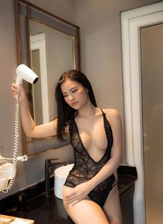 lisa - sex doll - Wet - escort in Dubai Photo 11 of 12