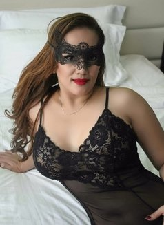 Tara, Asian beauty - escort in Melbourne Photo 5 of 9