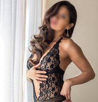 Lorena - escort in Madrid Photo 1 of 4