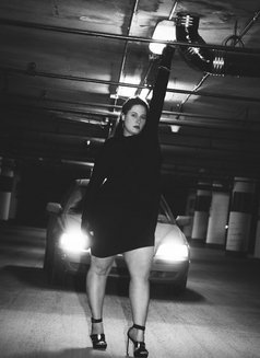 Lou Simone - escort in Montreal Photo 4 of 11