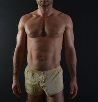 Louis French BLUE HUNK SEXY VIP MASSEUR - Male escort in Dubai Photo 1 of 10