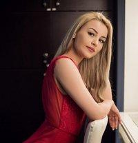 Louise Blonde - escort in Amsterdam