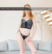Louise - escort in Cologne