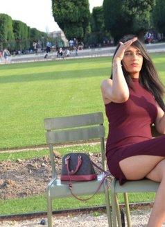 Louise Paris75015éme - Transsexual escort in Paris Photo 5 of 11