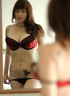 Louise Real Photos - escort in Bucharest Photo 6 of 14