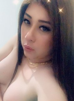 Louissa - Transsexual escort in Jakarta Photo 12 of 23