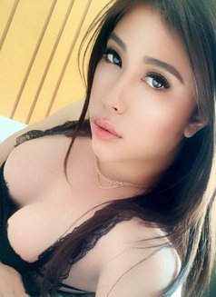 Louissa - Transsexual escort in Jakarta Photo 23 of 23