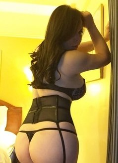 LucieTs.....For Exciting Cam Show - Transsexual escort in Manila Photo 5 of 12