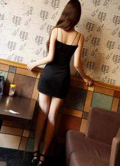 Lucy - escort in Beijing Photo 3 of 5