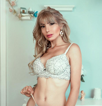 Luiza Sweetie - escort in Leeds