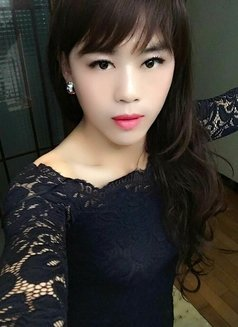 Lulu is waiting for you in Shanghai - Transsexual escort in Shanghai Photo 2 of 19