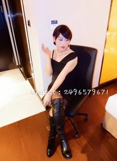 Lulu is waiting for you in Shanghai - Transsexual escort in Shanghai Photo 5 of 19