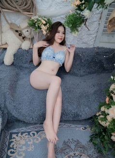Lyly - escort in Muscat Photo 16 of 20