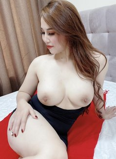 Lyly - escort in Dubai Photo 20 of 24