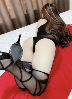Lyly - escort in Dubai Photo 21 of 24