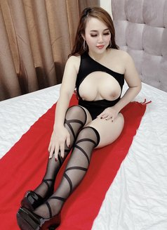 Lyly - escort in Dubai Photo 22 of 24