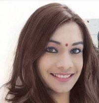 Maahi - Transsexual escort in Mumbai