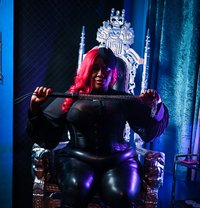 Madame Caramel - dominatrix in Barcelona Photo 5 of 9