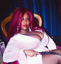 Madame Caramel - dominatrix in Eindhoven