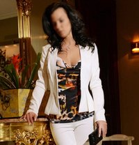 Madelyn Fabray ~ Montreal's Premier - escort in Montreal Photo 1 of 6
