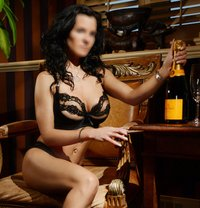 Madelyn Fabray ~ World-class Companion - escort in Montreal