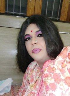 Madhu Randi - escort in New Delhi Photo 11 of 30