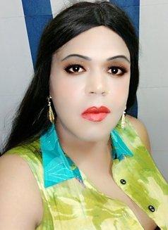 Madhu Randi - escort in New Delhi Photo 23 of 30