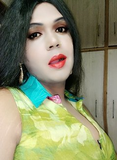 Madhu Randi - escort in New Delhi Photo 26 of 30