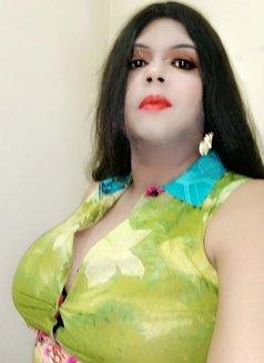Madhu Randi - escort in New Delhi Photo 28 of 30