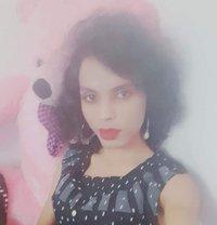 Mahima - Transsexual escort in Mumbai