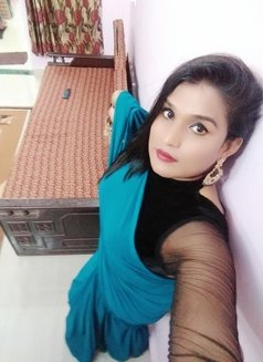 Mahima Kashyap - Transsexual escort in Mumbai Photo 5 of 5