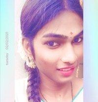Maina - Transsexual escort in Chennai
