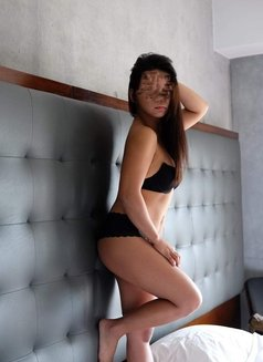 Makati Independent Escort - escort in Makati City Photo 1 of 3