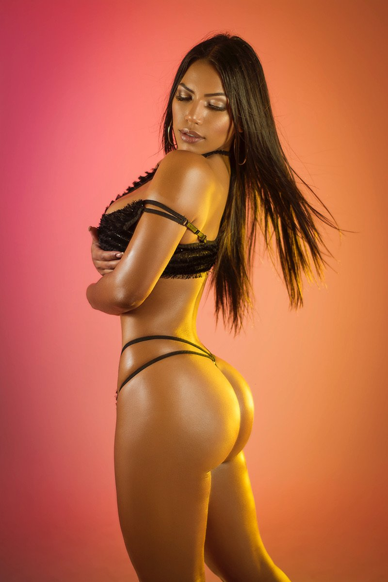 Colombian Escorts Chelmsford Uk