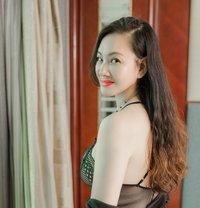 Maria - escort in Shanghai Photo 8 of 10