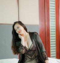 Maria - escort in Shanghai Photo 9 of 10