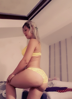 Maria Dolly - escort in Leeds Photo 1 of 8