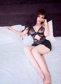 Maria ozawa escort