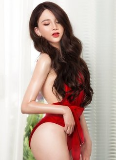 young and sexy lady nancy - escort in Dubai Photo 6 of 12
