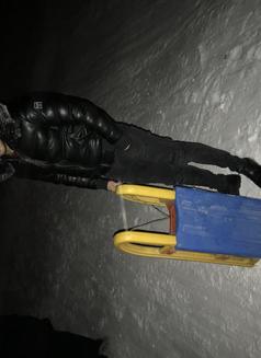 Marok Xl - Male escort in Berlin Photo 4 of 10
