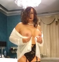 English Abbie - escort in Dartford