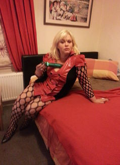 Mature Lady Expecting for You - escort in London Photo 7 of 11