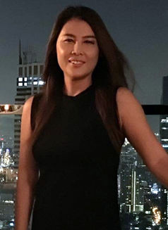 45 year old Oon - escort in Bangkok Photo 8 of 8